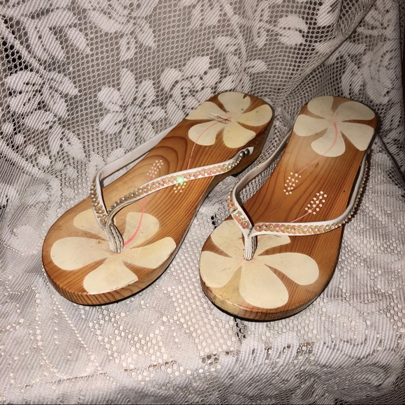 357f08f7a8f8 Shoes hand painted wood hawaiian sandals sequins poshmark jpg 580x580 Hawaiian  sandals with flower